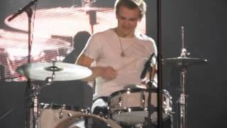 Hunter Hayes Drum Solo