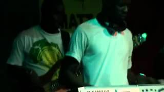 Afrikan Band - Vie (On Stage) (Senegal Music)