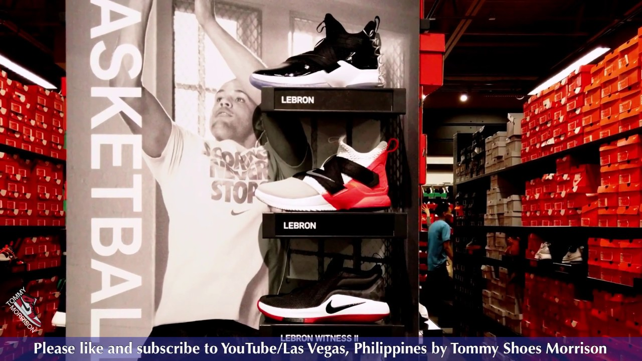 4e7b44117b50 Las Vegas Nike Factory Store Walk Through (March 2019) - YouTube