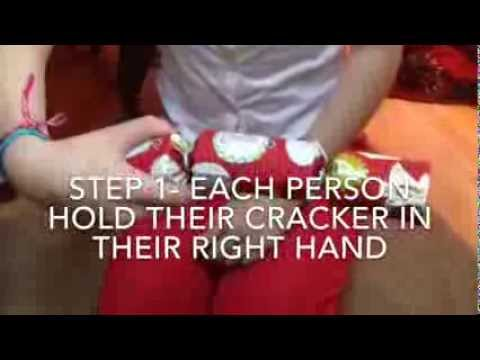 How to use (pull/crack) your Christmas Crackers