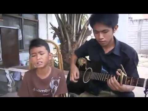 Amazing  Beautiful Song From Kid Indonesian