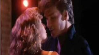 Baixar Patrick Swayze & Jennifer Grey - The Time of My Life (Dirty Dancing)