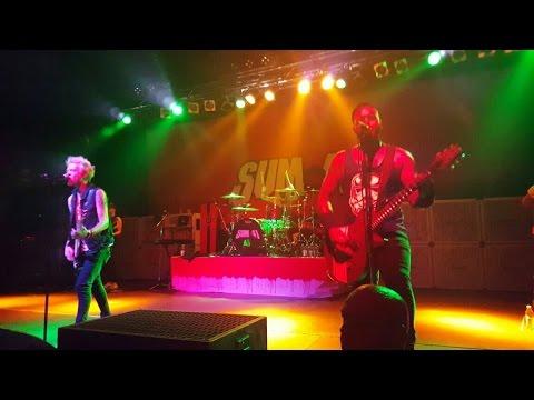 Sum 41 - Heart Attack Live 2016 (HD)