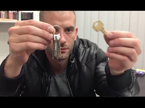 INCREDIBLE Magician illusionist Darcy Oake