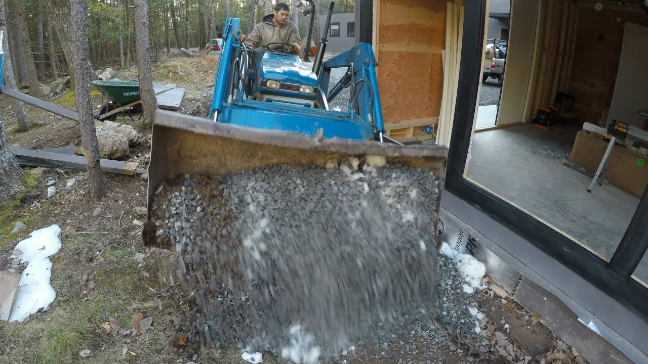 filling-gravel-around-a-new-building