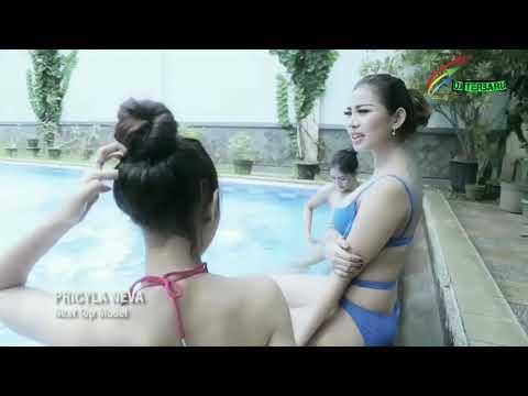 Cewek indonesia bikini