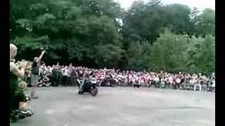 Pokaz Palenia Gumy BORN TO RIDE 2008