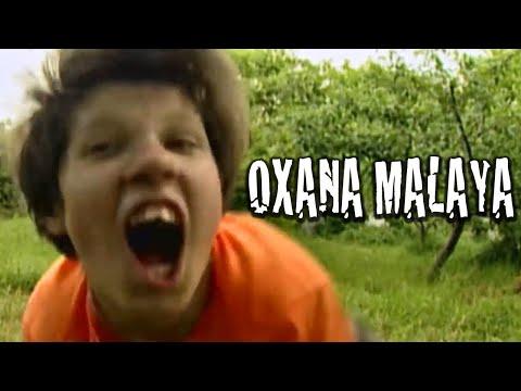 LA NIÑA CRIADA POR PERROS SALVAJES QUE CREÍA QUE ERA UNO DE ELLOS   Oxana Malaya