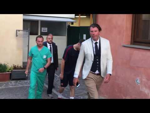 Thomas Vermaelen a Villa Stuart per le visite mediche. Prima apparizione con la divisa della Roma