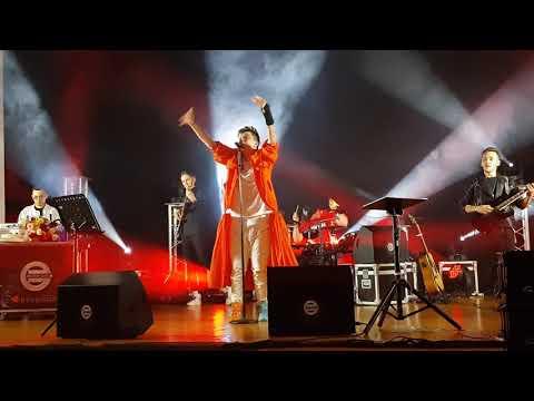 ELVIN GREY - Без бергә (06.04.19г. Наб.Челны) Автор видео: Козлова Светлана Александровна