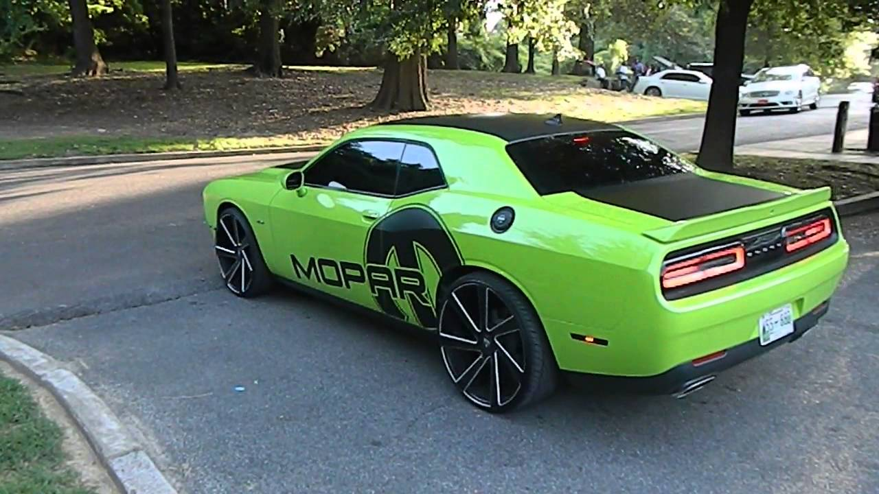 Dodge Challenger 24 Inch Rims >> Dodge Challenger on Dub Wheels at Mlk Park in Memphis TN - YouTube