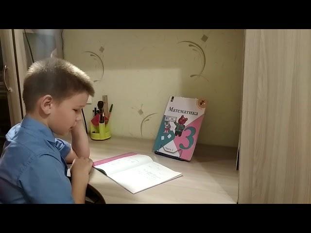 Изображение предпросмотра прочтения – АндрейТурецков читает произведение «Мне грустно на тебя смотреть» С.А.Есенина