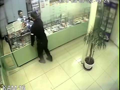 Ограбление аптеки наркоманом в Воронеже