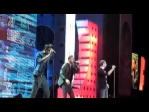 Akcent - ON AND ON ( live russia beauty contest 2009))