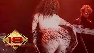 Inul Daratista - Cinta Di Kocok Kocok (Live Konser Tulungagung 15 Agustus 2006)
