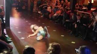 Elena Ninja-Bonchinche - winner grand prize vogue femme on Christmas vogue ball