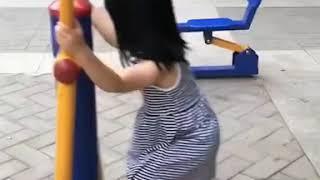 Foodie XiaoMan 超萌小吃貨~小蛮殿下也要做做運動😊👧🏻🍄 #56個月 #exercise #happygirl #baby #eatingmachine #小蛮 #xiaoman