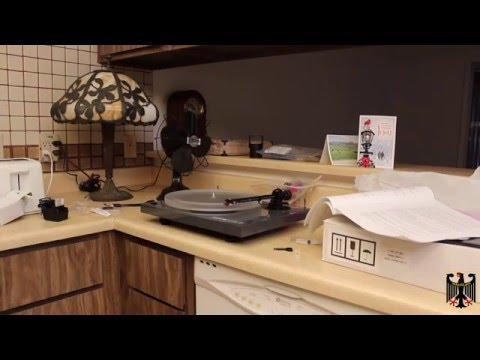 Music Hall 2.2 Turntable Lab (TTL) Turntable Unboxing and Setup