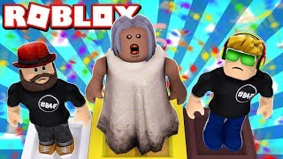 GRANNY IS A TOP MODEL in ROBLOX FASHION FAMOUS / BLOX4FUN