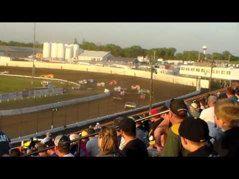 Modified Lcq 2 @ Farley Speedway 05/13/17