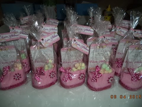 d47cf7e9d47e9 Como hacer Zapatito Invitacion para Baby Shower - DIY - YouTube