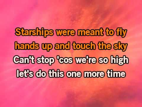 Nicki Minaj Starships KARAOKE
