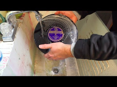 Shellac Stacks: How to Clean 78s