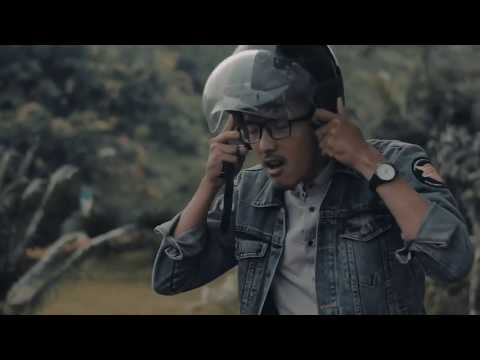 Slowly Project - Cinta Vespa Tua (Official Video)