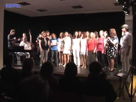 Koncert Jen tak ... v Kotelně. Black Uganda Choir Brno.