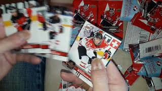 O.G. Opens 30 Packs of Canadian Tire Hockey!!!!! ( The Packman )