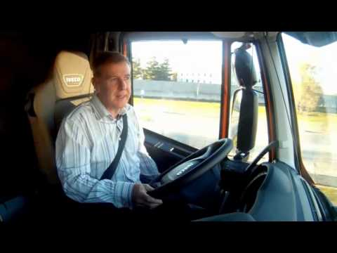 TruckWorld TV – Tim road tests the Iveco Stralis