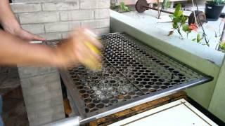 Jeito fácil de limpar uma grelha em dois minutos