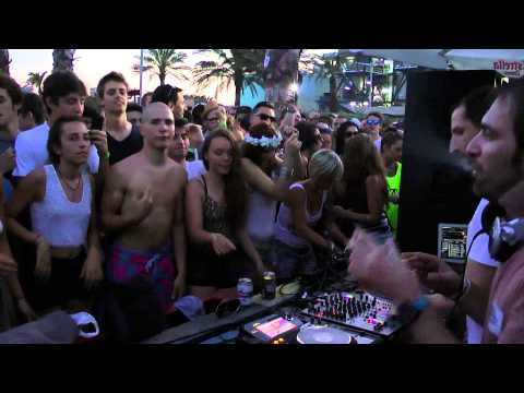 Matthias Tanzmann b2b Karotte @ Moon Harbour Sonar Off Barcelona 14.06.2013 video1