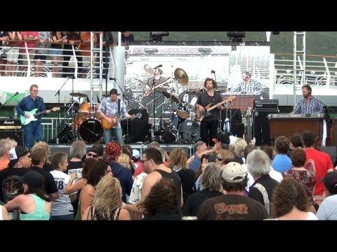 """Swamp Music"" - Artimus Pyle Band"