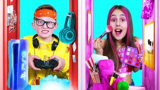 مدرسة البنات مقابل مدرسة البنين    لحظات ممتعة مع الأصدقاء في المدرسة