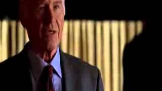 """Extrait de la série """"The lone gunmen"""" relatif au 11 septembre diffusé... en mars 2001"""
