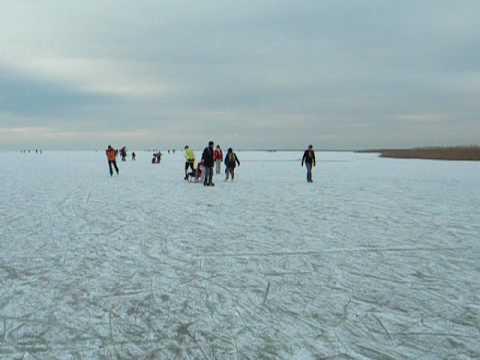 Rust neusiedlersee winter  Eislaufen am Neusiedlersee Teil 2 - YouTube