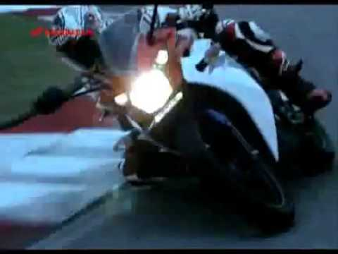 2012 Honda CBR 150 R (Indonesia) advertising with Casey Stoner