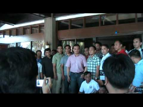 01-06-2011 SEN ANTONIO TRILLIANES SUBMIT HIS AMNESTY APLICATIONS.mpg
