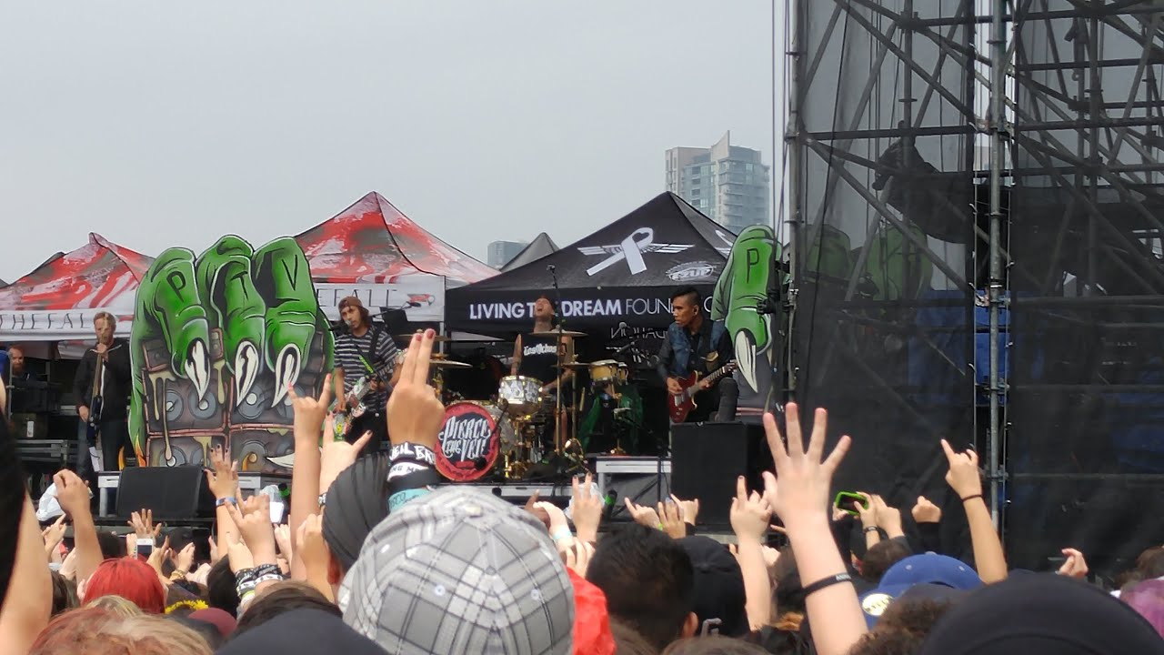 Pierce The Veil King For A Day  Vans Warped Tour Toronto