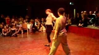 Miss Robot - Dance
