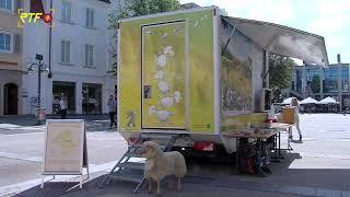 Biosphärenbmobil auf dem Marktplatz