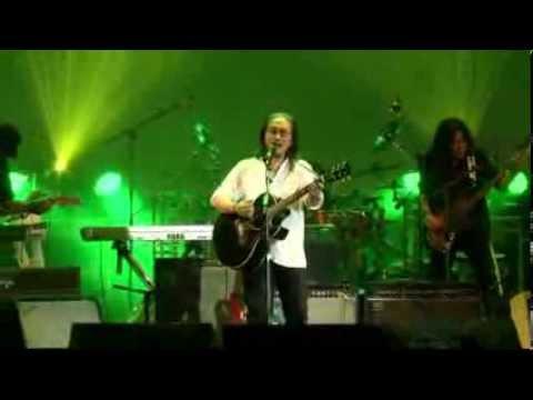 คอนเสิร์ตสัญญาหน้าฝน 60 ปี เขียว คาราบาว - หนุ่มลำมูล