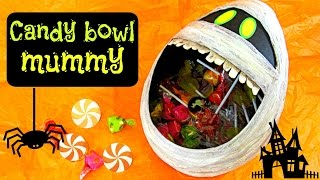 Halloween crafts: Candy bowl mummy.