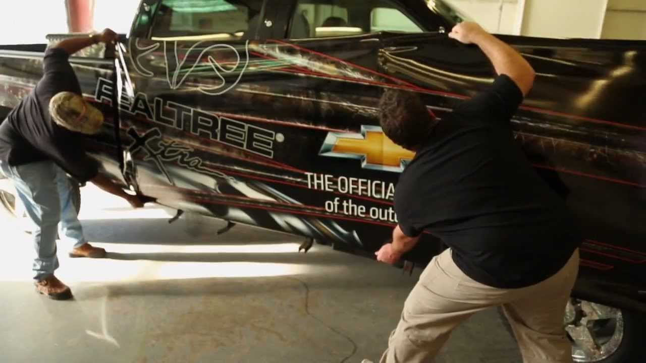 Realtree s chevrolet silverado camouflage truck by camowraps time lapse youtube