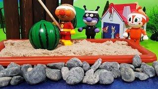 アンパンマンおもちゃアニメ❤海水浴でスイカ割り!の巻 Toy Kids トイキッズ animation anpanman thumbnail