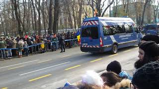 Parada 1 Decembrie 2018  jandarmeria huiduita