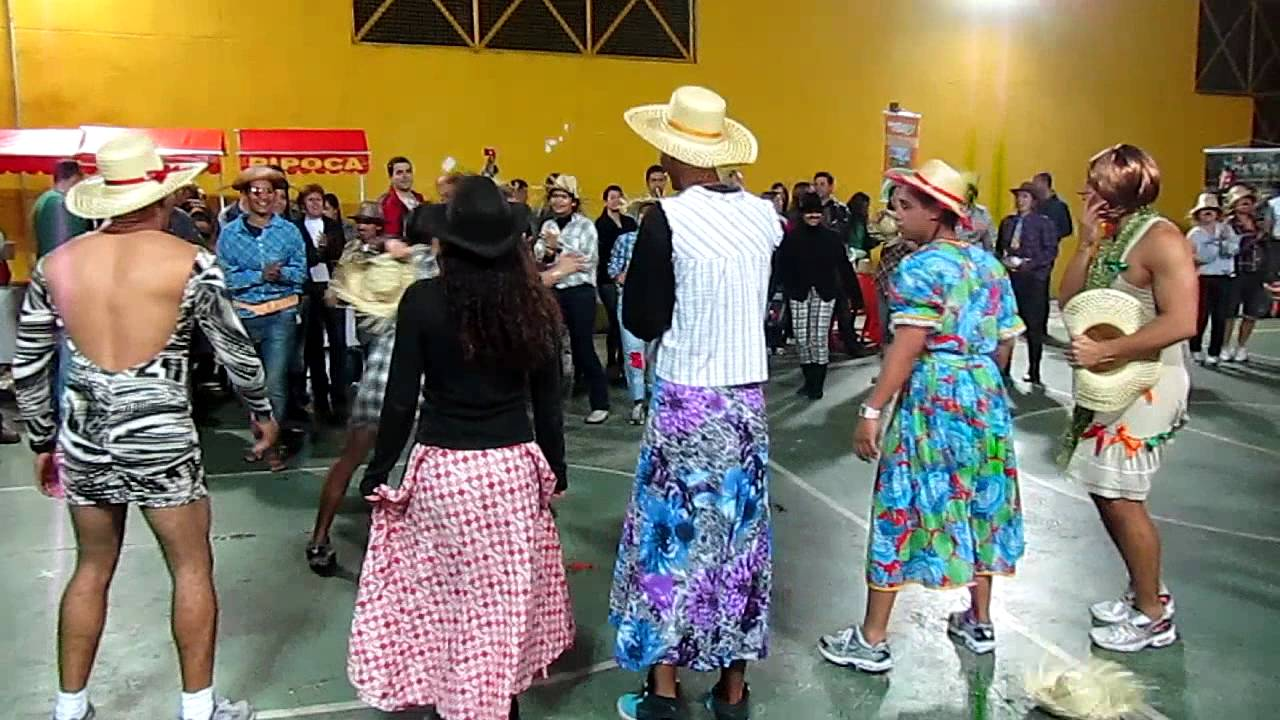 Festa Junina Formula Academia Santana 2011 (2 2) - YouTube 1450ccd3ee6