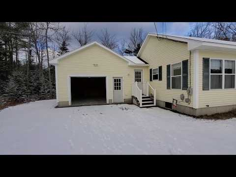 Private, secluded Home, just minutes from Downtown Ellsworth