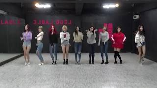 "MOMOLAND - ""BBoom BBoom"" Mirrored Dance Practice"